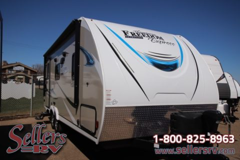 2019 Coachmen Freedom Express 204 RD | RV Dealers Saskatchewan