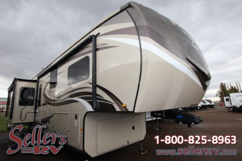 2020 Jayco Pinnacle 36 KPTS | RV Dealers Saskatchewan